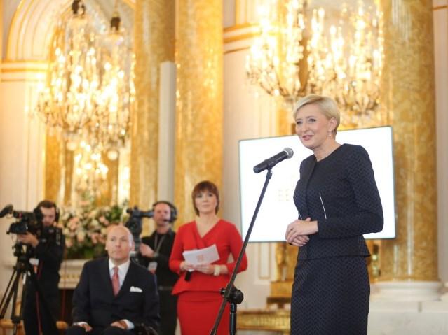 Pani Agata Kornhauser-Duda przemawia podczas Gali
