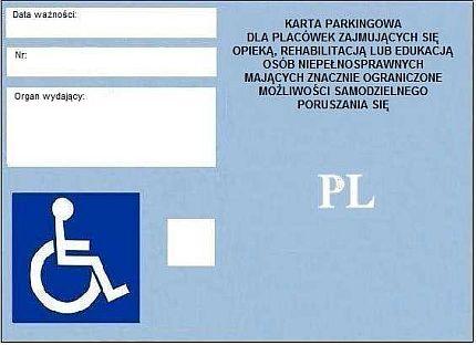 Awers karty parkingowej dla placówki. Po lewej: miejsca na wpisanie daty ważności, numeru i organu wydającego, a także symbol osoby na wózku, po prawej tytuł karty oraz symbol PL
