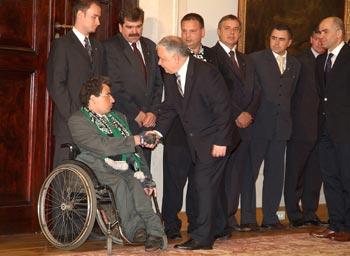 zdjęcie: Prawdziwi kibice zapraszani są nawet do prezydenta Lecha Kaczyńskiego
