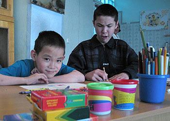 zdjęcie: dzieci z domu dziecka