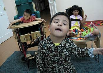 zdjęcie: niepełnosprawne dzieci