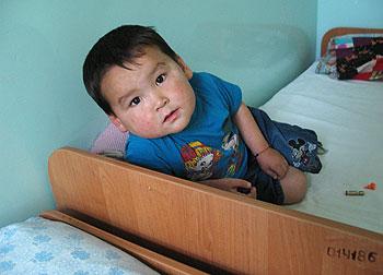 zdjęcie: mały pacjent szpitala dziecięcego