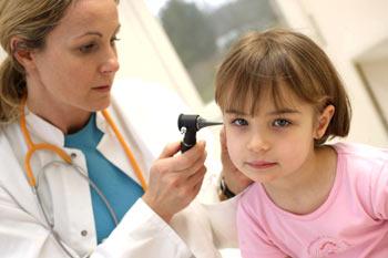 zdjęcie: badanie słuchu